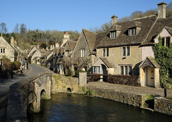 Beautiful British Scenery in Pictures that Don't Move: The Cotswolds