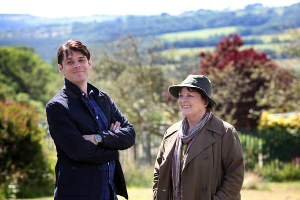 Where to Watch British Murder Mystery Vera (Including Series