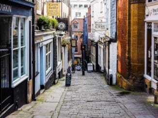 British TV Shows Filmed or Set in Bristol, England + Where to Watch 1